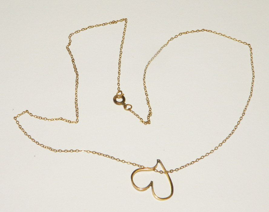 Vintage Avon 14k Gold filled Necklace and Heart pendant by
