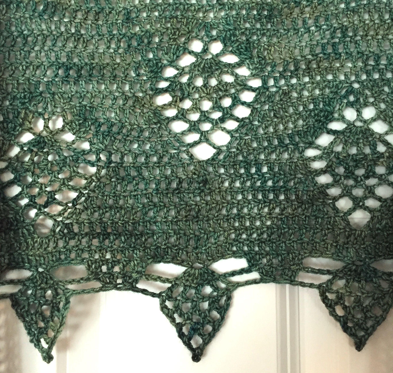 Suvi\'s Crochet: Poison Ivy Wrap (pineapple shawl) - free crochet ...