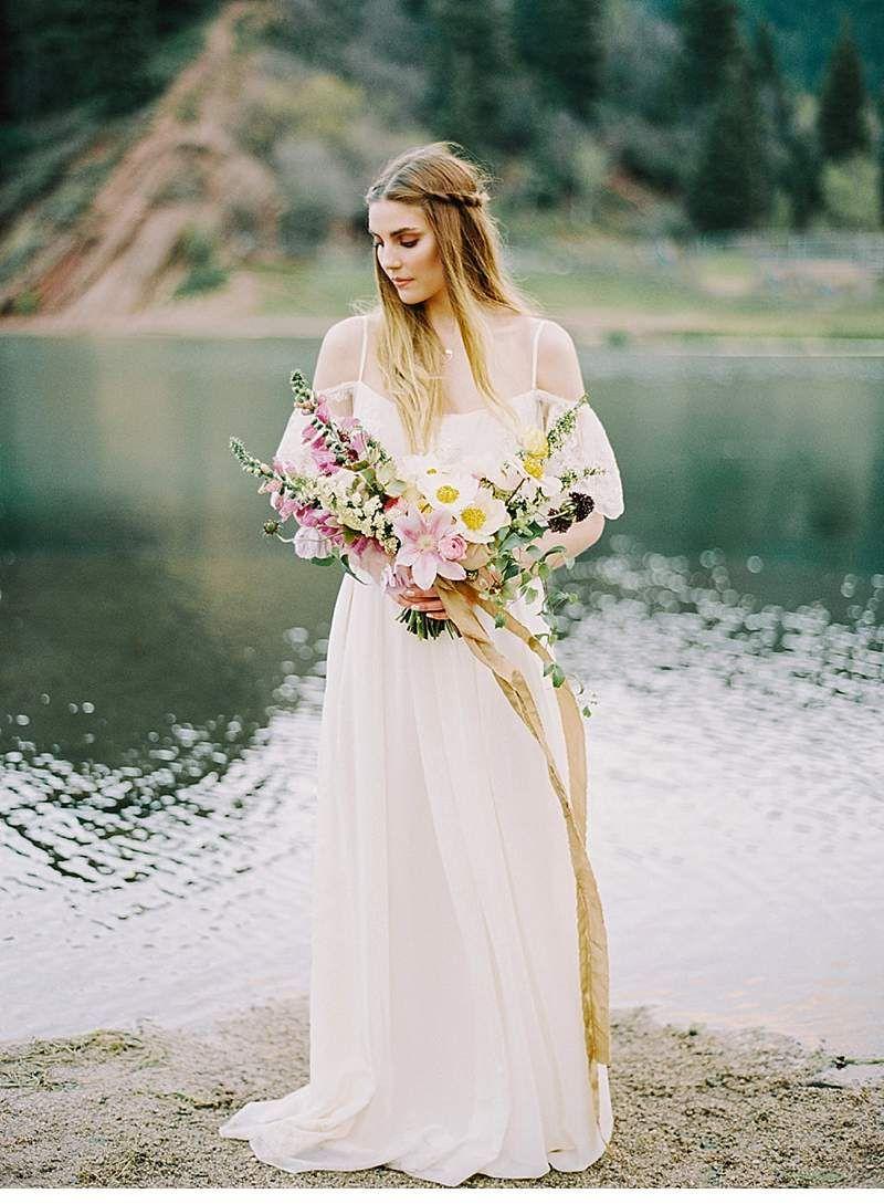 Brautträume in unberührter Natur von Mariel Hannah Photography - Hochzeitsguide