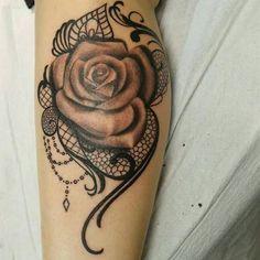 """Résultat de recherche d'images pour """"rose lace tattoo"""""""