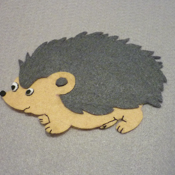 Make a Cute Felt Applique Hedgehog - Guidecentral