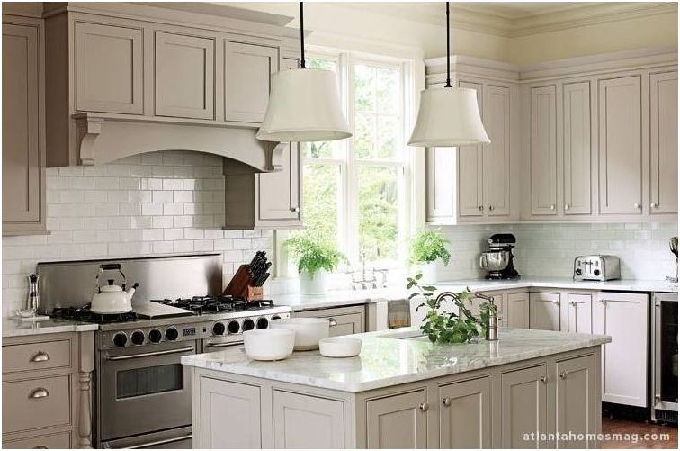 pale gray cabinets, the new white? #graycabinets