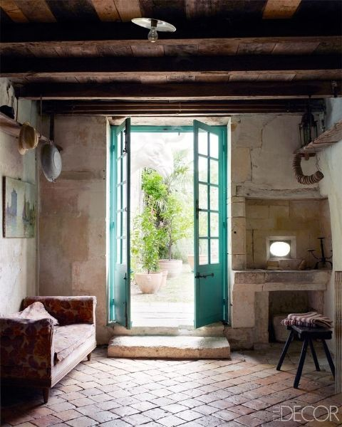 In southwestern France, a vintage-textiles dealer uses her family's 18th-century farmhouse to celebrate the pleasures of country life