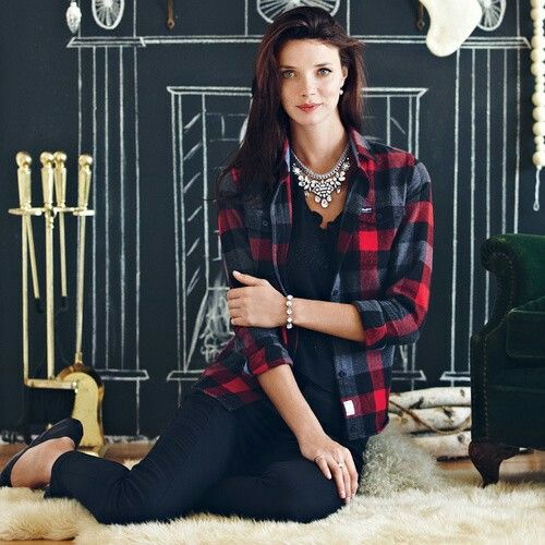 Who says you can't wear fancy jewelry with a casual outfit? #sparkle #flanel #necklace #casual chloeandisabel.com/boutique/emilymcdaniel