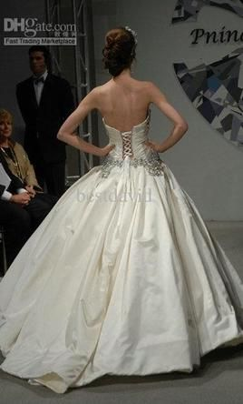b1fc4d5fd5a Pnina Tornai 4019 wedding dress currently for sale at 70% off retail.