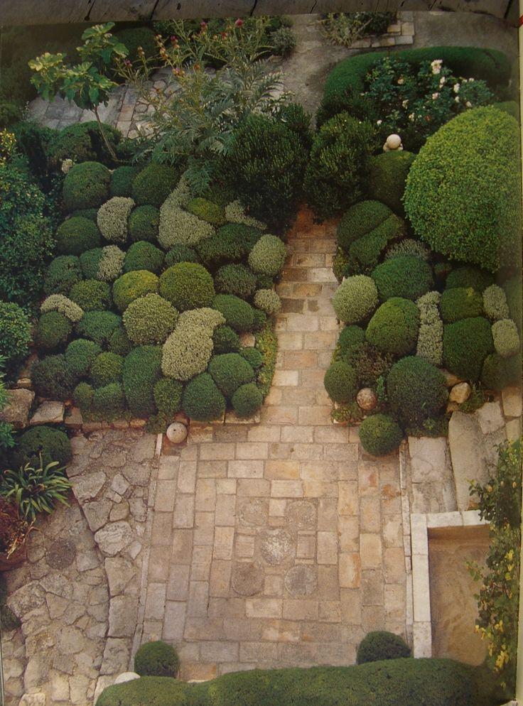 Jardin De La Louve Bonnieux France Nicole Vesian
