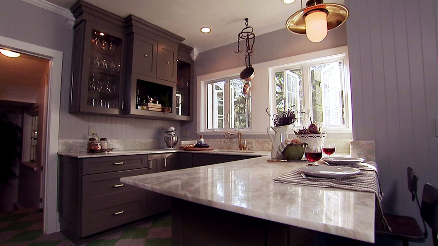 100 Hgtv Paint Colors Kitchen  Small Kitchen Remodel Ideas On A Glamorous Kitchen Design Low Budget Design Inspiration