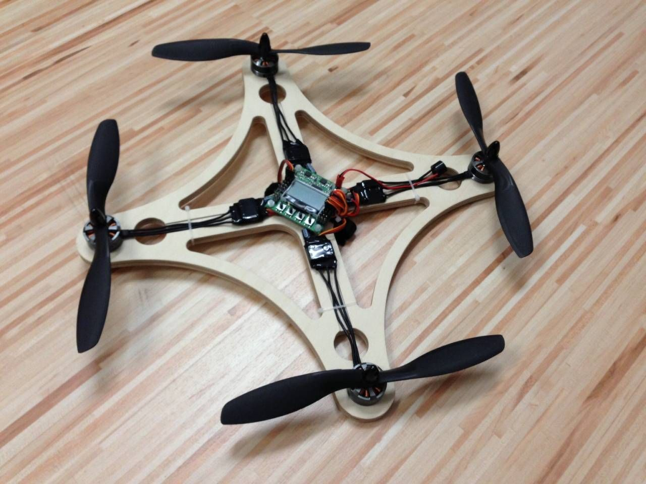 Durable Wood Quadrocopter For Beginners Or Relaxing