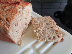 Eiweißbrot mit Kokosmehl | backen | Low carb, Bread und ...