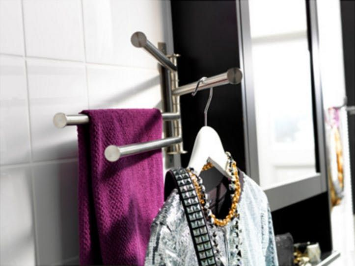 Ideas For Hanging Storing Towels In A Really Small Bathroom With Images Storing Towels Hang Towels In Bathroom Small Bathroom