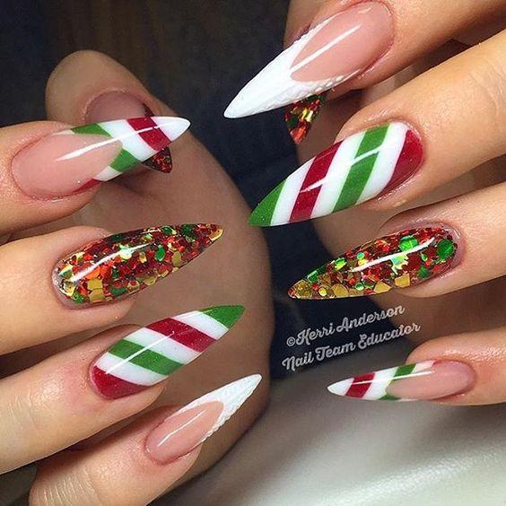 Christmas Stiletto Nails.36 Beautiful And Stylish Christmas Stiletto Nail Art Designs