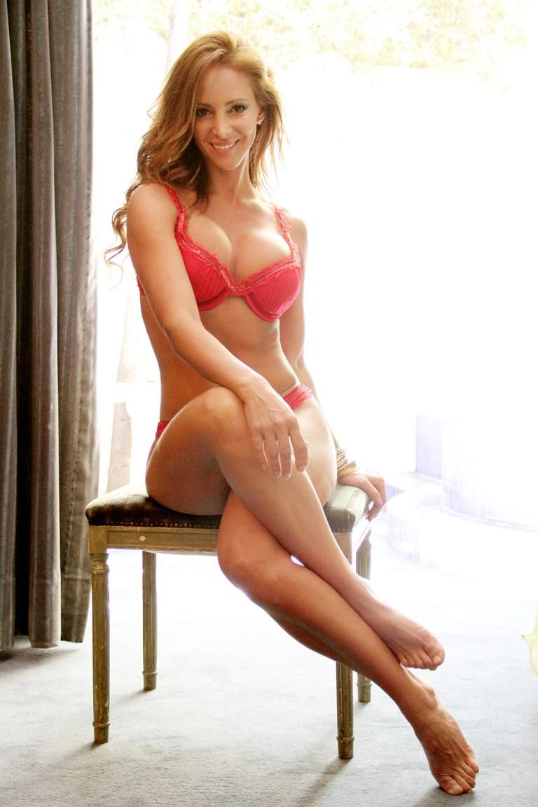 Amanda Bryant Nude Photos 51
