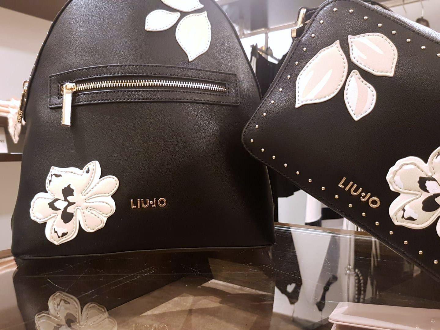 Pelosi Store Liu Jo New Collection Spring Summer 2019 Liujo Newcollection Bags Sneakers Pelosistore Vieniatrovarci Borse Alla Moda Liu Jo E Borsa Zaino