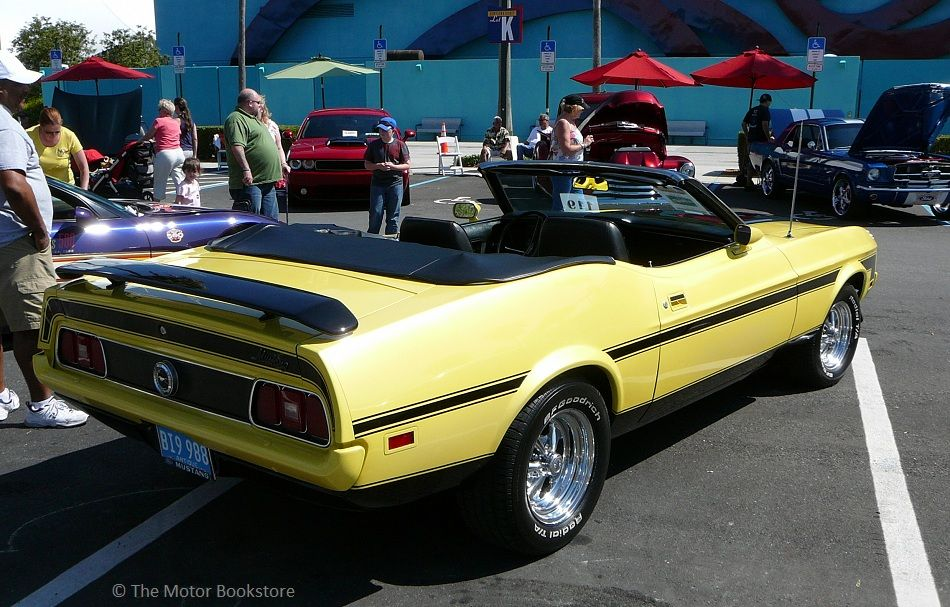 Ford Mustang Convertible Rear View Downtown Disney Car - Car show in orlando this weekend