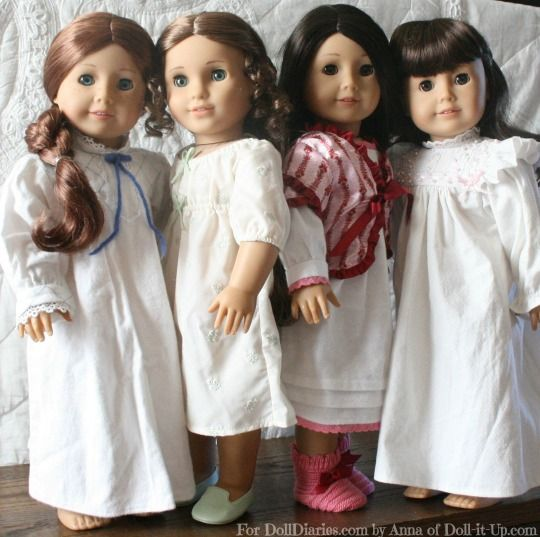 Take a look at 4 historical doll nightgowns side by side. #historicaldollclothes