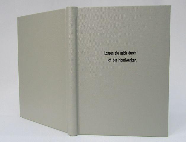 DIN A5 - Notizbuch, Handwerker, hellgrau schwarz - ein Designerstück von HandBuch-Buchbinderei-Gruender bei DaWanda