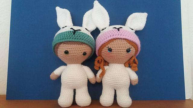 Bambole coniglietto  ... Scopri lo schema