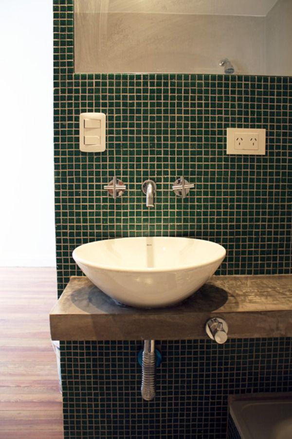 Remodelacion ba o venecita cemento alisado bath for Banos de microcemento alisado
