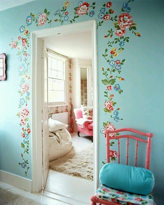 Marco de flores rodeando la puerta pinturas de for Decoracion de marcos de puertas