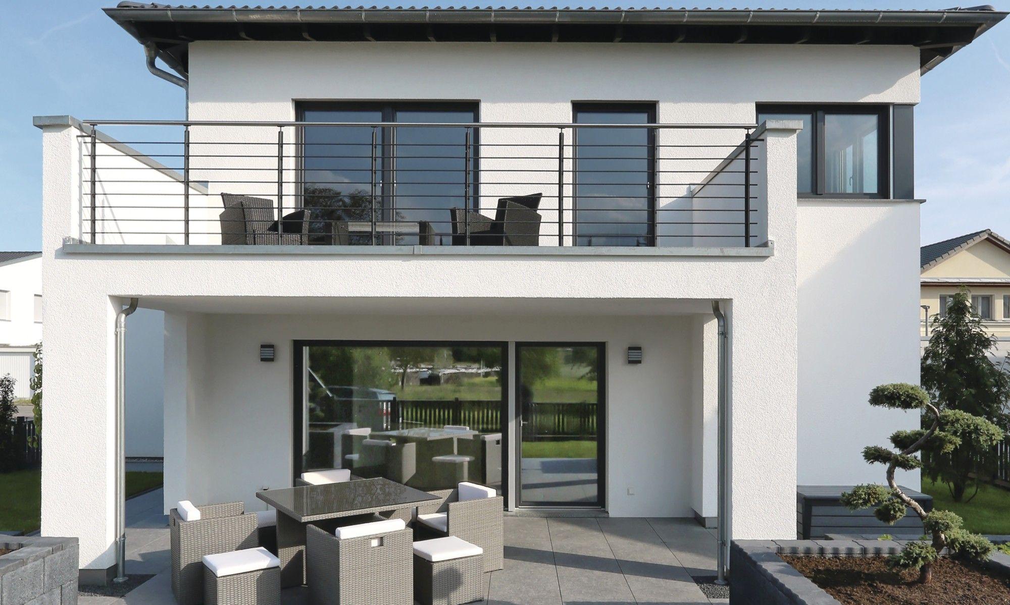 Fertighaus villa mit pool  Fertighaus #weberhaus #Bodensee #pool #Jacuzzi #garten #stadtvilla ...