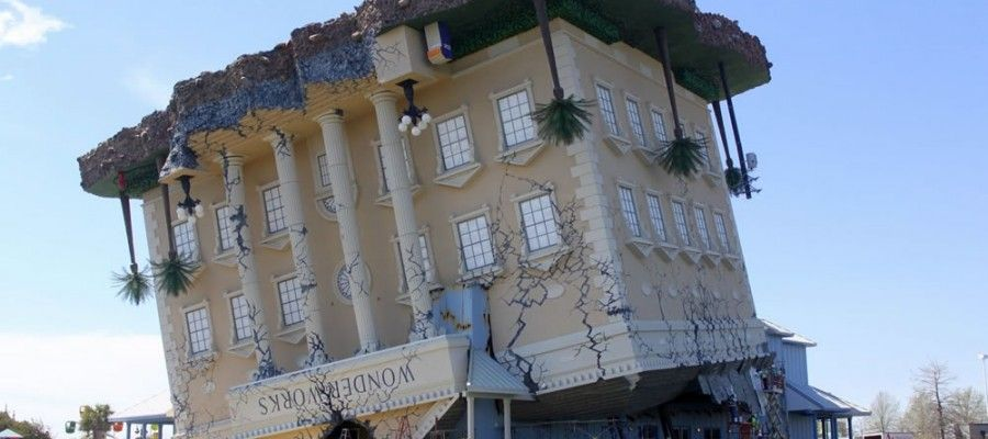 Wonderworks Is The Upside Down Building Located At Broadway