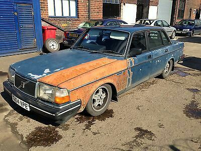 Volvo 240 on ebay (dont know what the ANIMAL did to the paint) http