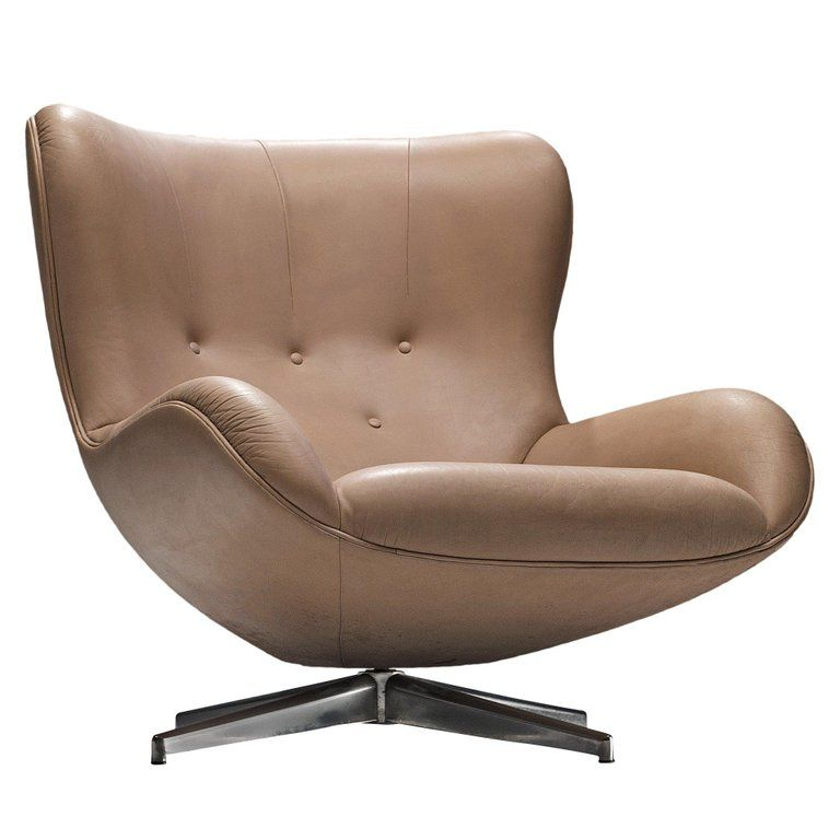 Illum Wikkelso Swivel Leather Lounge Chair 1960s Leather Lounge