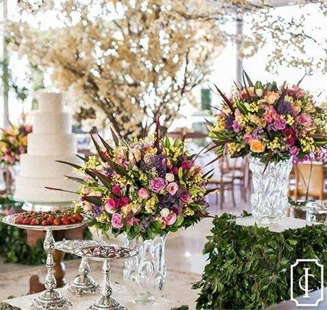 Um décor colorido e elegante!♡