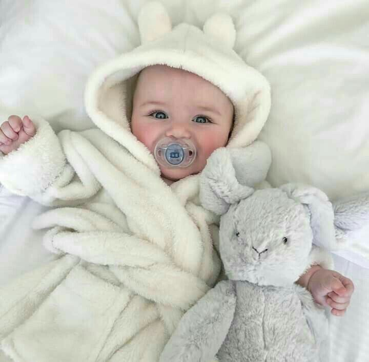 Pin By Alexis Cruise On Baby Baby Tumblr Cute Kids Cute Baby Girl