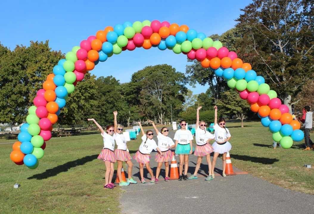 Balloon Arches & Columns · Party & Event Decor #balloonarch Balloon Arches & Columns · Party & Event Decor · Balloon Artistry #balloonarch