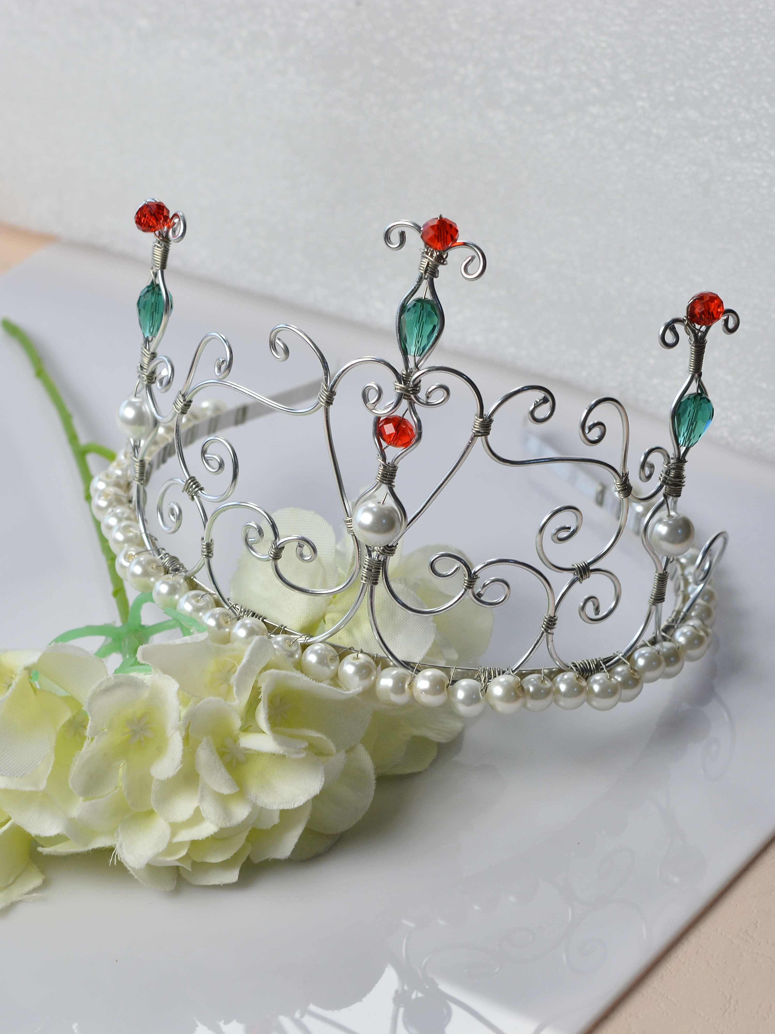 DIY a beautiful #crown with #Beebeecraft #wire and #pearlbeads | DIY ...
