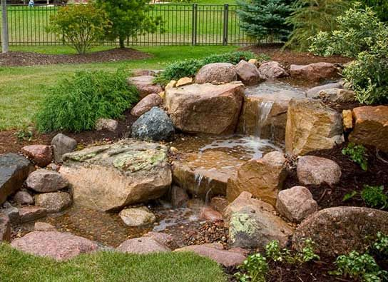 Attirant The Examples Show That These Beauties May Change The Whole Look Of Your  Garden For The Better. So, Go And Check Out Our Collection Of Backyard  Waterfalls ...