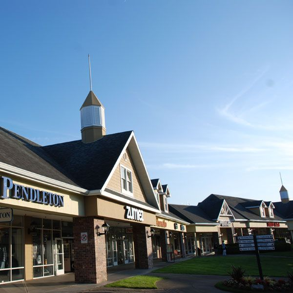 Tanger Outlets: Lincoln City, Oregon :: Home