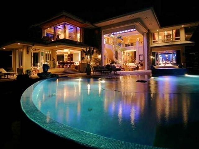 Maison Bill Gates - Les trouvailles de Florelle  Luxury pool