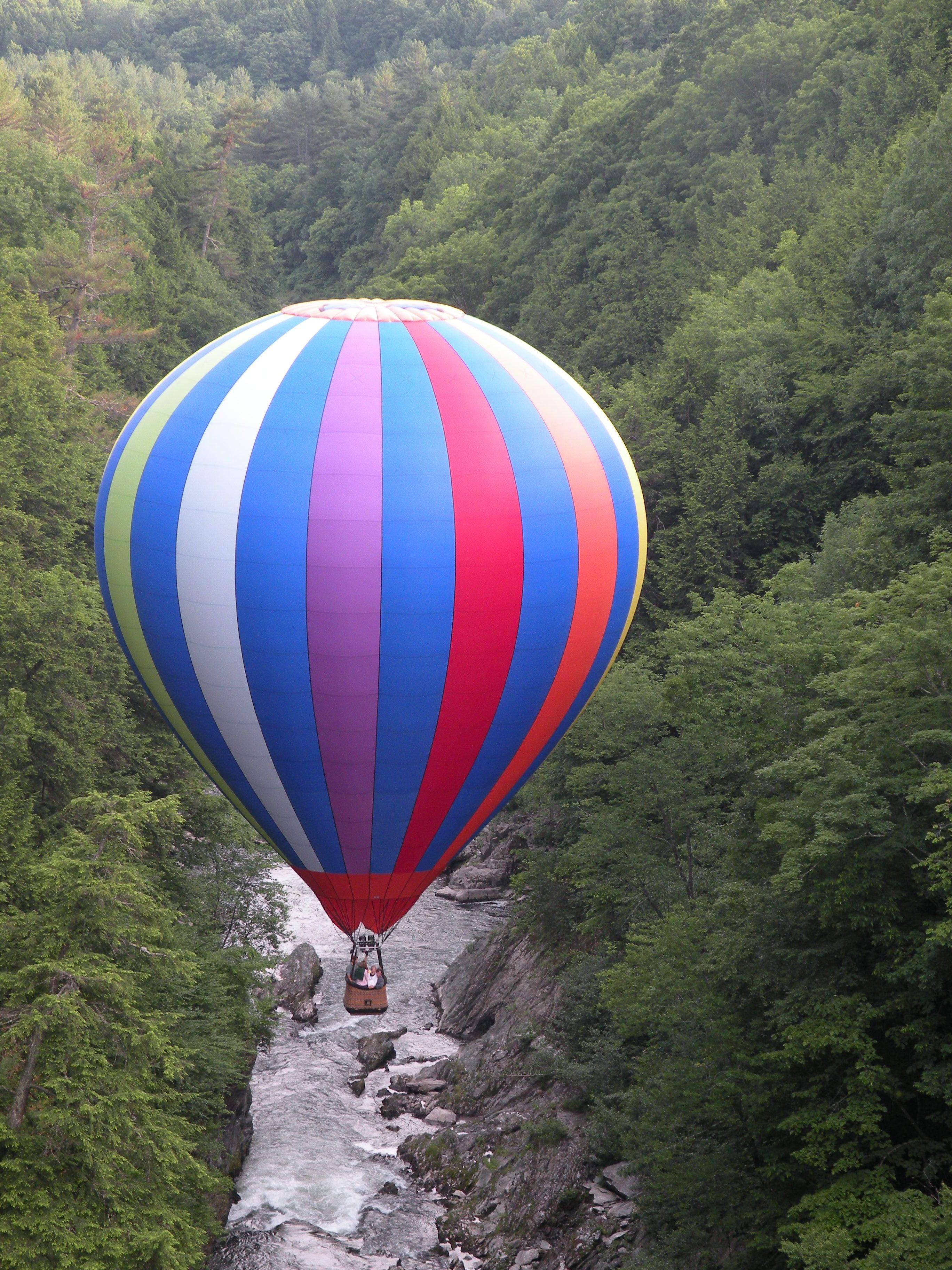 Quechee VT Hot air balloon rides, Balloon rides