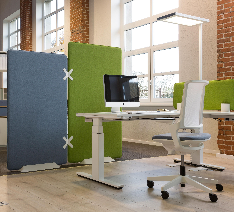 Winea X | Standing panel de WINI Büromöbel | Separación de ambientes ...