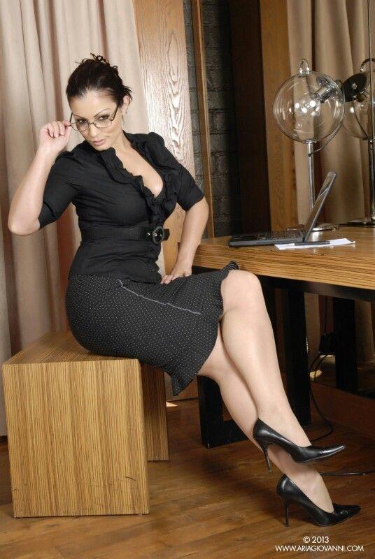 Your deepthroaty upskirt office secretary sexy goddess