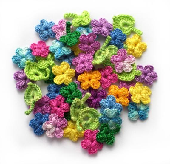 Set of 50 tiny crochet flower motifs, little multicoloured flower applique, Irish crochet applique, mini crochet decor, doll clothes decor #irishcrochetflowers