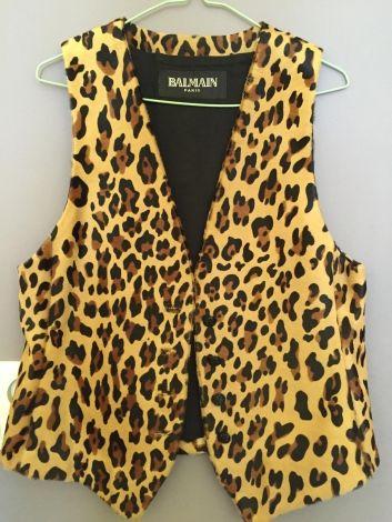 I have just put this item up for sale : Fur Sleeveless Vest Balmain 1 000,00 € http://www.videdressing.us/fur-sleeveless-vests/balmain/p-5467536.html?utm_source=pinterest&utm_medium=pinterest_share&utm_campaign=US_Women_Clothing_Coats+%26+Jackets_Furs_5467536_pinterest_share