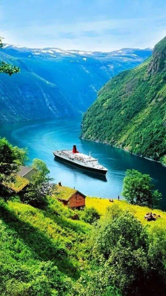 The 50 Most Beautiful Natural Places In The World Travel Msa Beautiful Places Nature Beautiful Scenery Photography Beautiful Nature