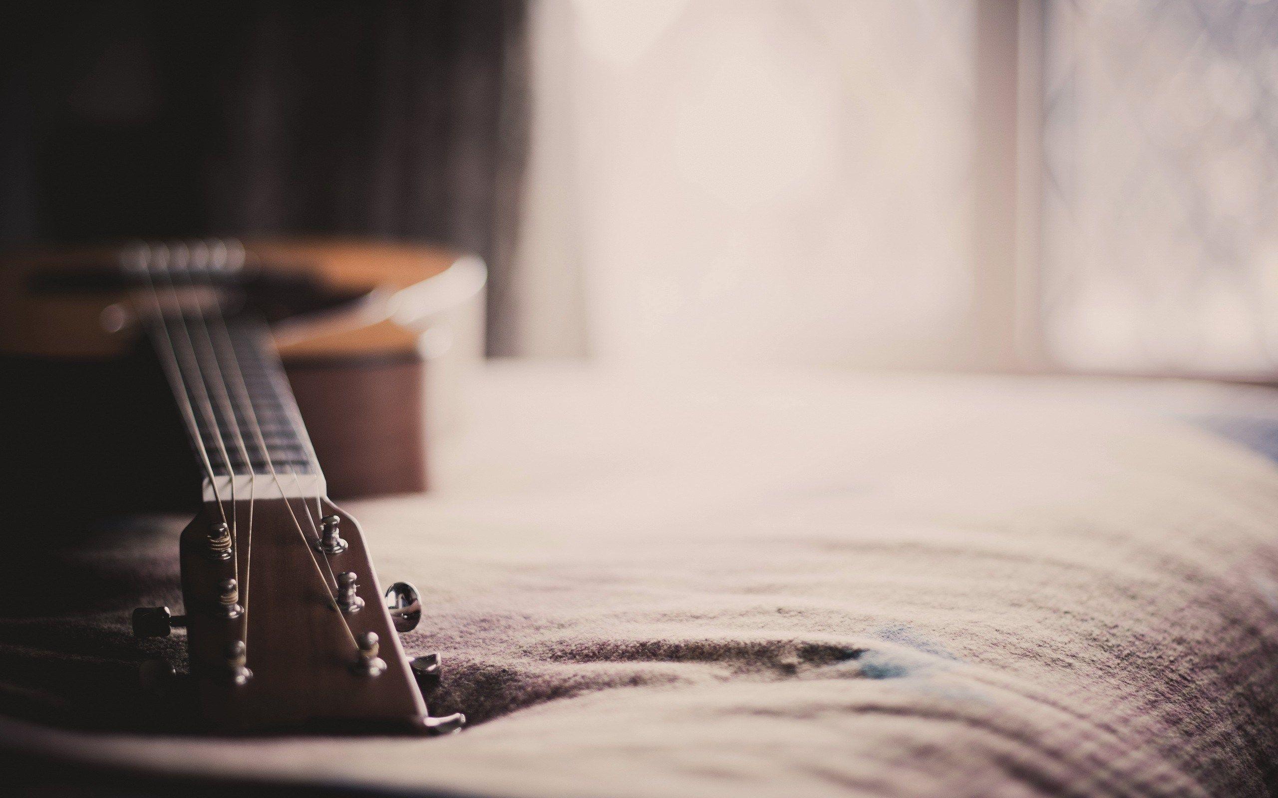 Acoustic Guitar Wallpaper Download Free Acoustic Guitar Guitar Beautiful Guitars