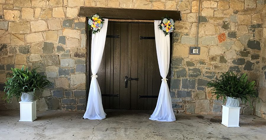 Wedding Florist in Macon -southernfloralsanddrapes.com