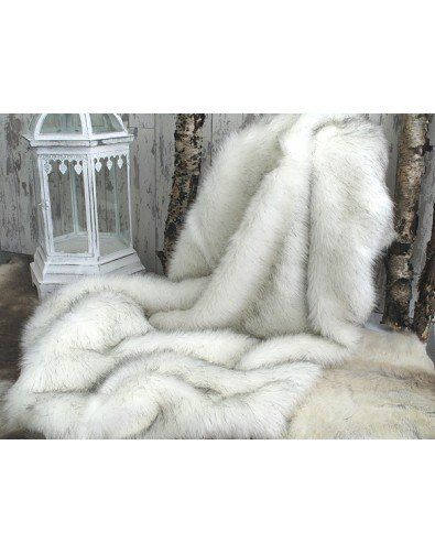 Artic Fox Faux Fur Throw This Brilliant White Faux Fur Throw Is Interspersed With Long Black Hairs Creatin White Faux Fur Throw Faux Fur Throw Grey Fur Throw