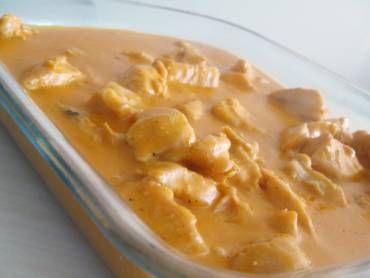 O Filé deFrango com Creme de Milho é uma opção prática e deliciosa para a refeição da sua família. Basta um arroz branco e uma salada verde e o menu estar