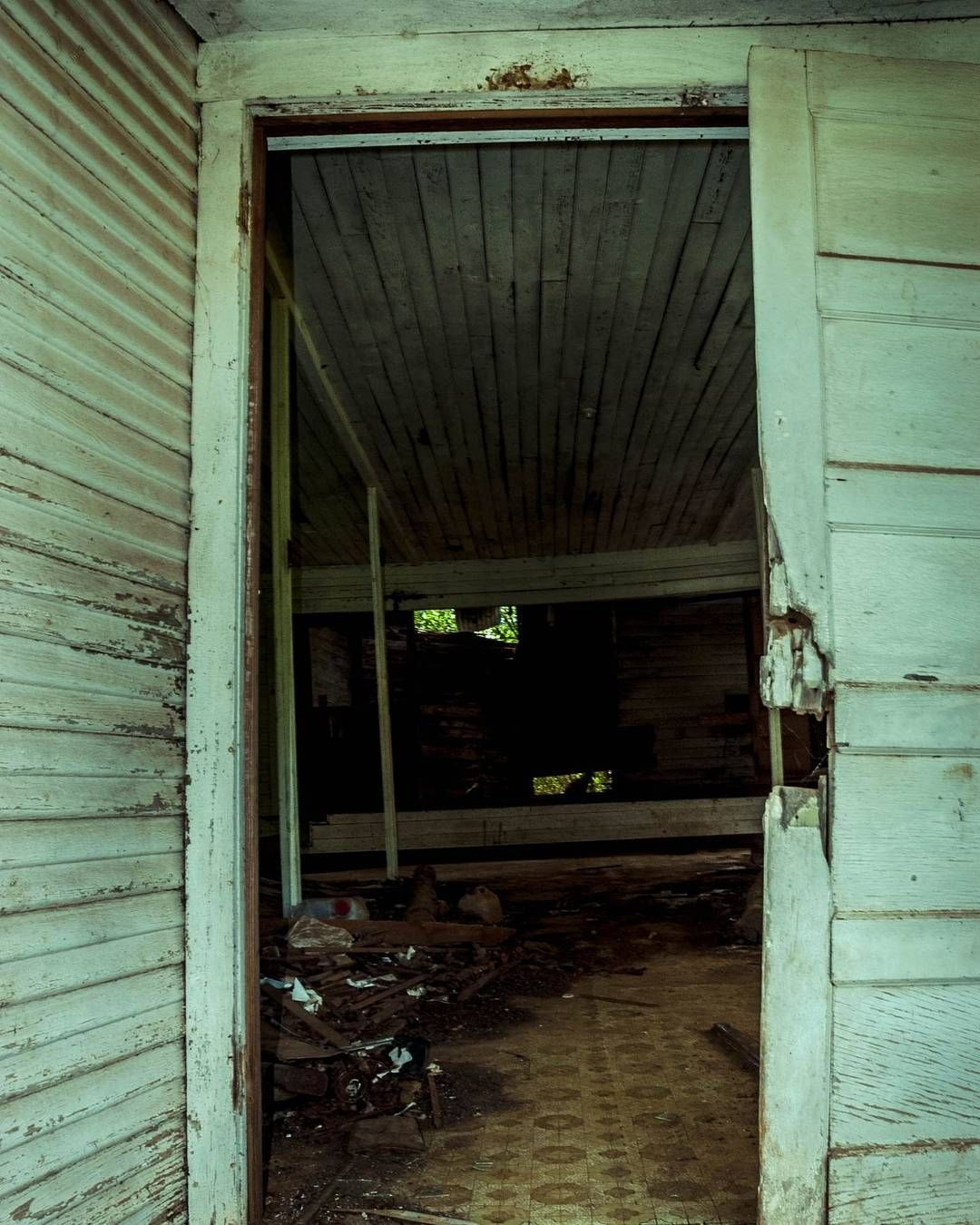 Abandoned schoolhouse in the East Texas ghost town Waneta