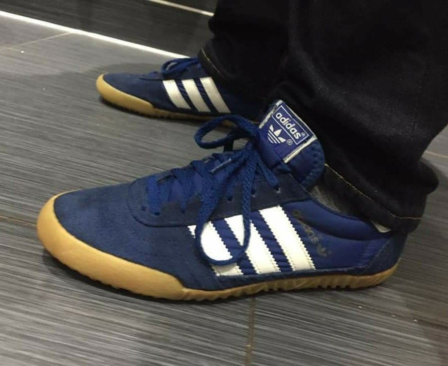 timeless design 646a8 ad197 Adidas Indoor Super on feet on the street