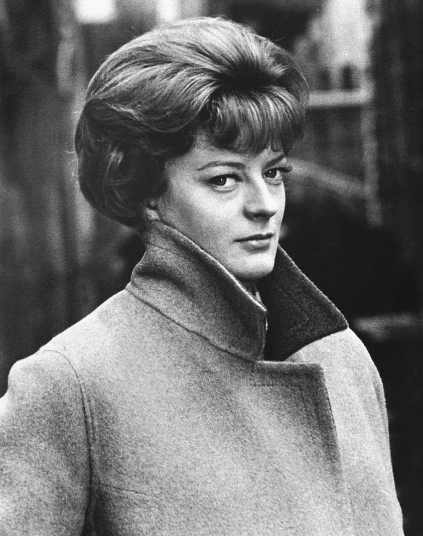 Maggie Smith Nude Photos 70