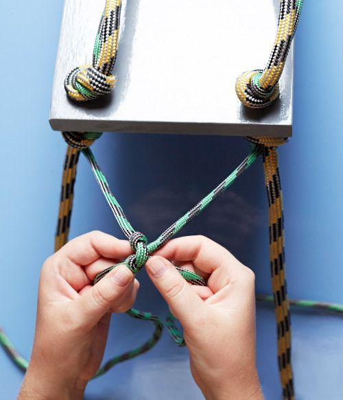 How to: Make an Easy DIY Rope Shelf