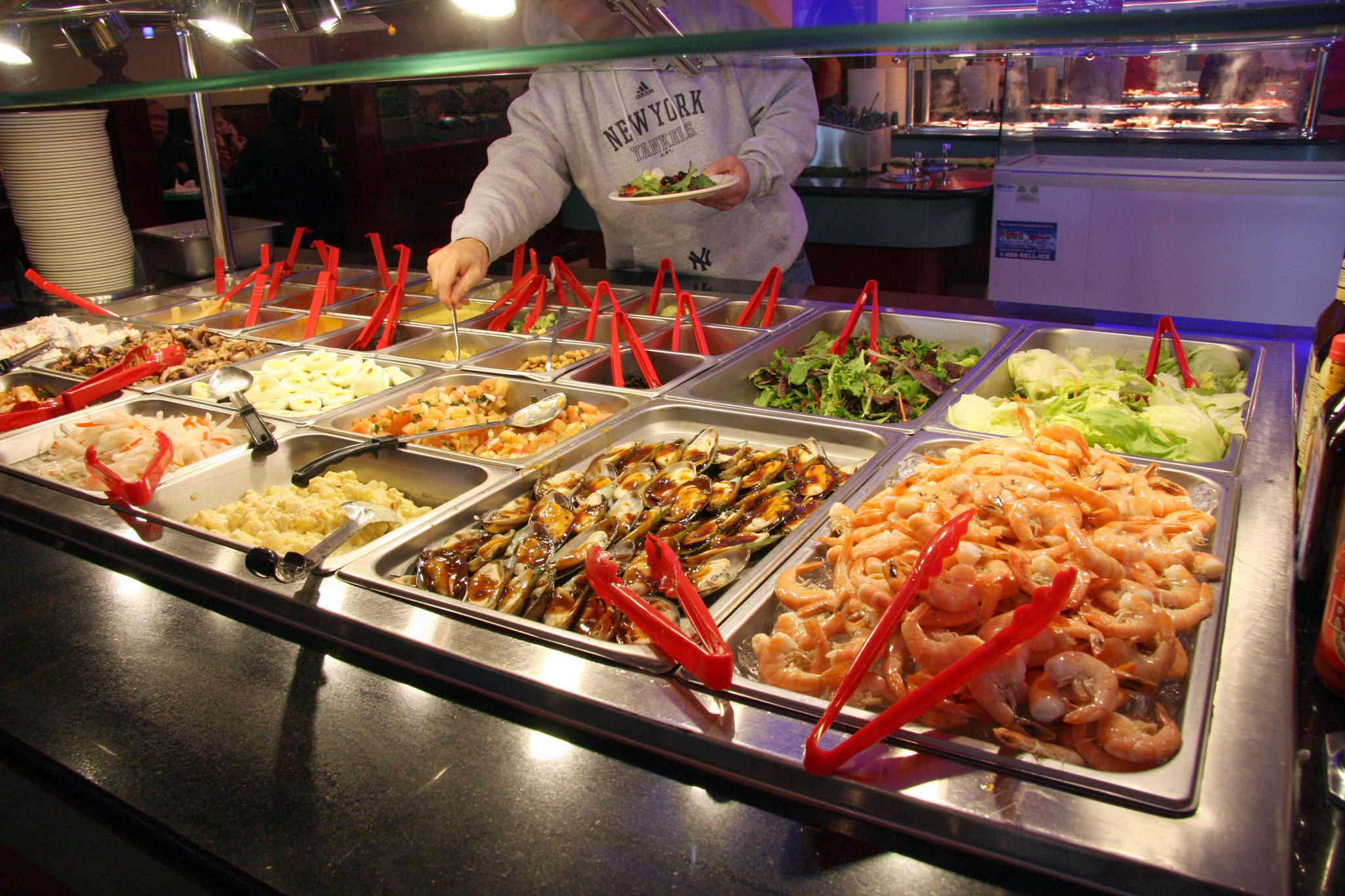 Hibachi Sushi Buffet Chinese Feel Satisfied With The Combination Of All You Can Eat Buffet And Fine Dining Only At Hibachi Su Island Food Sushi Buffet Food