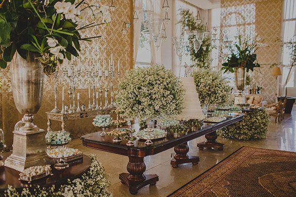b832e740ea Fernando Reame elaborou uma decoração de casamento aconchegante com toque  clássico. Verde